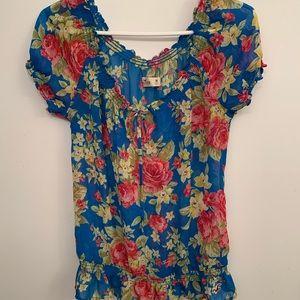 🍒Hollister floral sheer elastic blouse